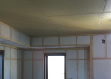 壁と吸音材